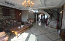 银城云水间 4室2厅2卫 200㎡带三个阳台,带家具家电出售
